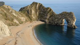 Durdle Door by Saffron Blaze (CC-BY-SA-3.0)